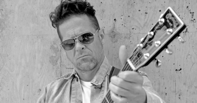 Jason Newsted Ex-Bajista de Metallica comienza un proyecto enacústico.
