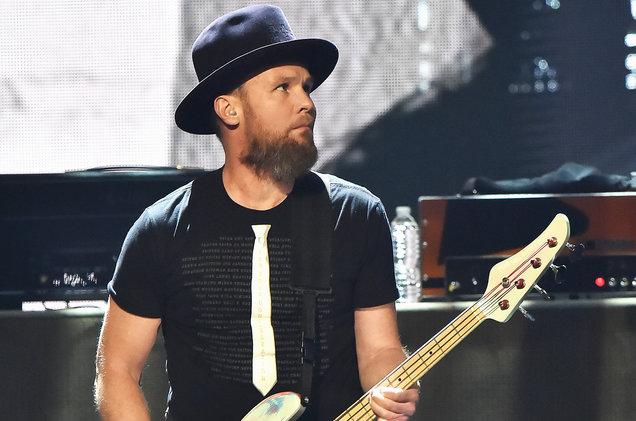 pearl-jam-bassist-rock-hall